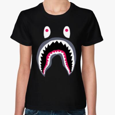 Женская футболка Испуганный монстр