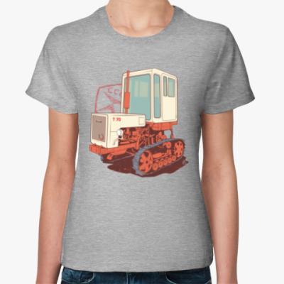 Женская футболка Трактор Т70