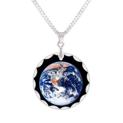 Кулон Планета Земля