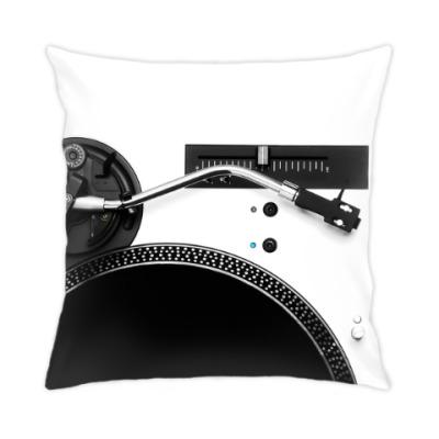 Подушка DJ