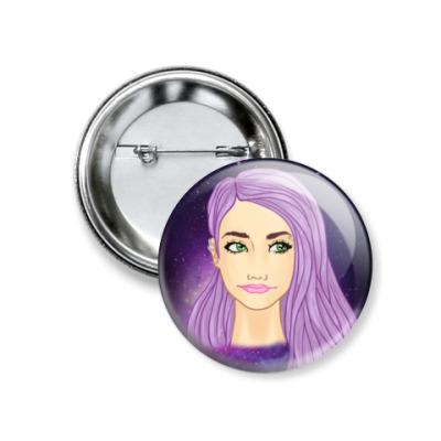 Значок 37мм Девушка с фиолетовыми волосами