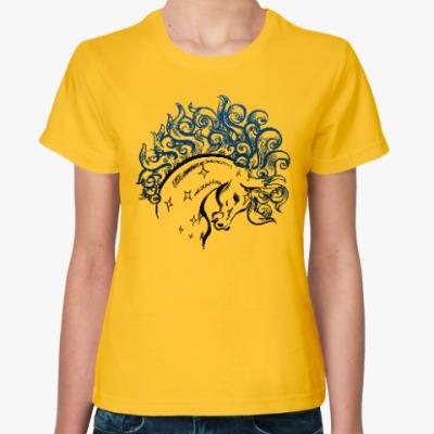 Женская футболка Конь-огонь