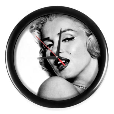 Настенные часы Marilyn Monroe