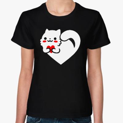 Женская футболка кот с сердцем