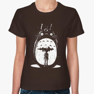 Женская футболка Тоторо под дождем