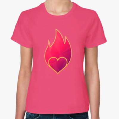 Женская футболка Пылающее сердце