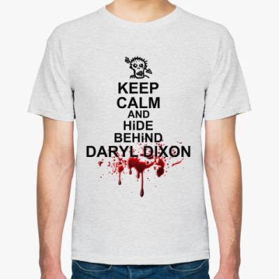 Футболка Keep calm and hind behind Daryl Dixon