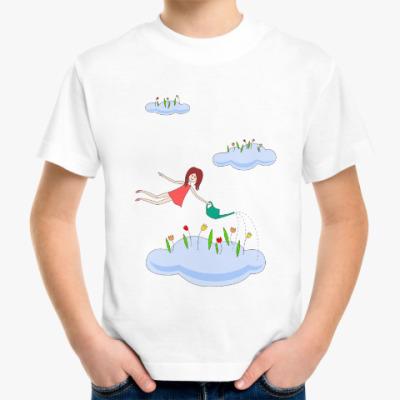 Детская футболка девочка и тюльпаны