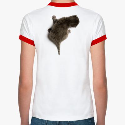 Женская футболка Ringer-T Котенок карабкается по спине