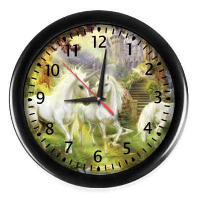 Настенные часы Страна единорогов