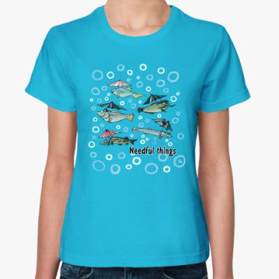 Женская футболка Нужные вещи