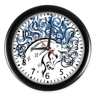 Настенные часы Конь-огонь