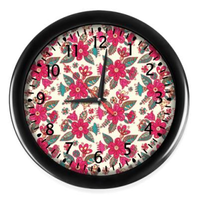 Настенные часы Цветы - паттерн