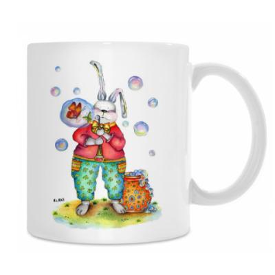 Кролик надувает мыльные пузыри