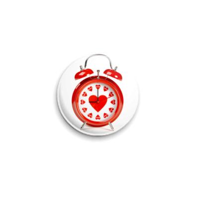 Значок 25мм Время любить