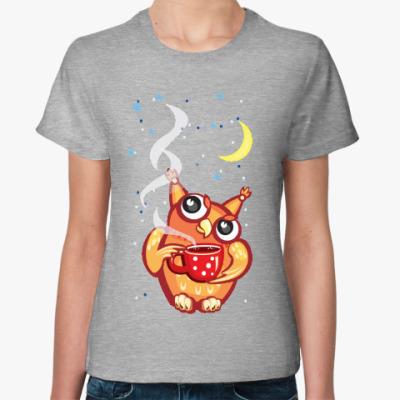 Женская футболка Сова с чаем и снежинками