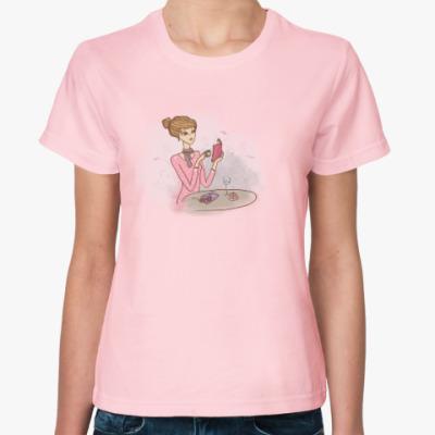 Женская футболка завтрак , кофе и пирожное