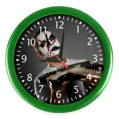 Настенные часы Часы, зеленые (белые цифры)