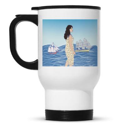 Кружка-термос девушка-гигант в море