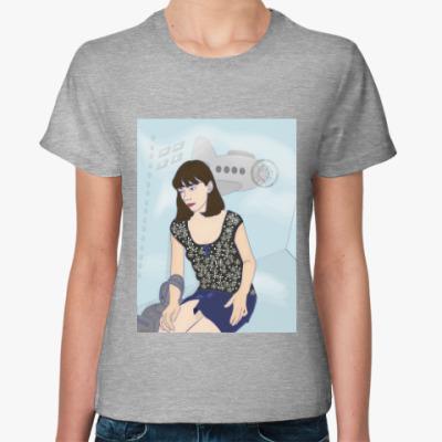 Женская футболка летающий лифт