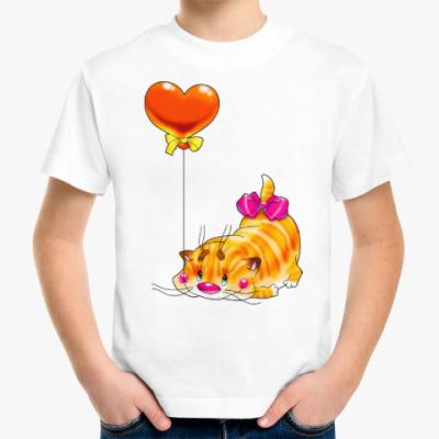 Детская футболка КОТ С СЕРДЕЧКОМ