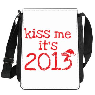 Сумка-планшет Надпись Kiss me - it's 2013!