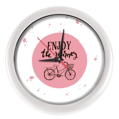 Настенные часы Велопрогулка