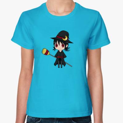 Женская футболка маленькая ведьма