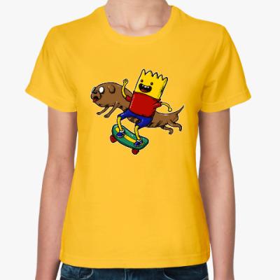 Женская футболка Время приключений