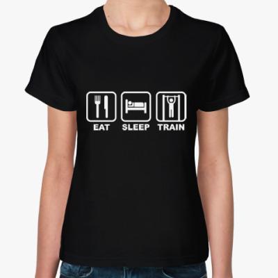 Женская футболка Eat Sleep Train