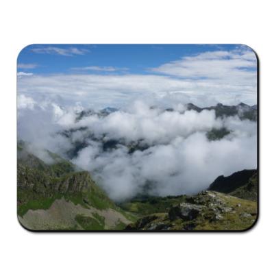 Коврик для мыши Облака в горах