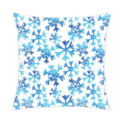 Подушка Фактурные снежинки