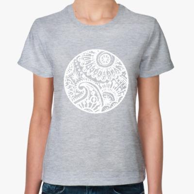 Женская футболка Круг