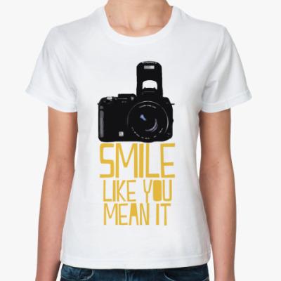 Классическая футболка улыбайся фото