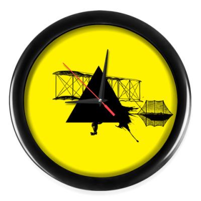 Настенные часы 'Triangle'