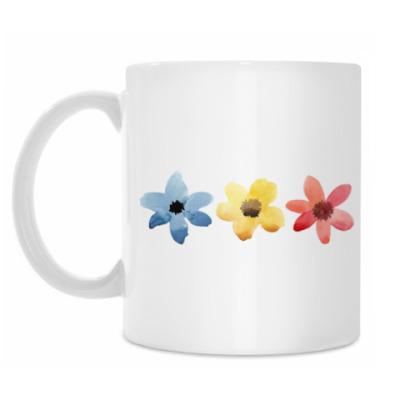 Кружка Три разноцветных цветочка