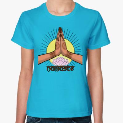 Женская футболка Намасте