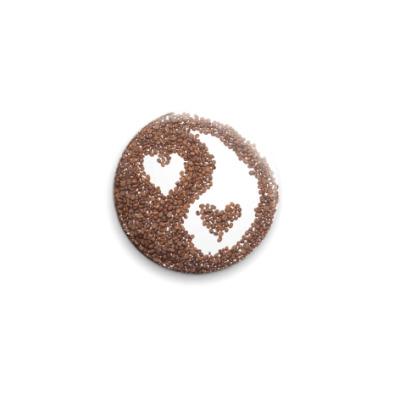 Значок 25мм Инь-янь из кофе
