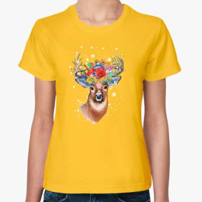 Женская футболка Олень, цветы и снежинки