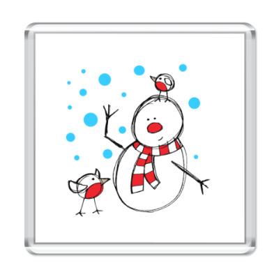 Магнит Снеговик и снегири в Новый год