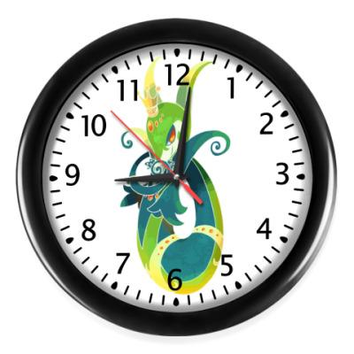 Настенные часы Змейка