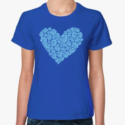 Женская футболка 'Сердце из роз'