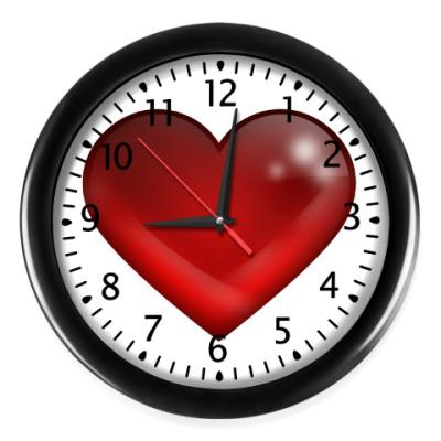 Настенные часы Большое сердце