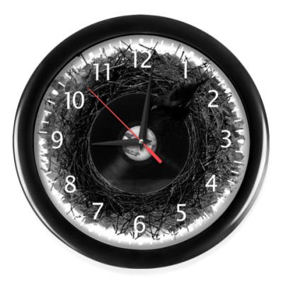 Настенные часы птичка с пластинкой