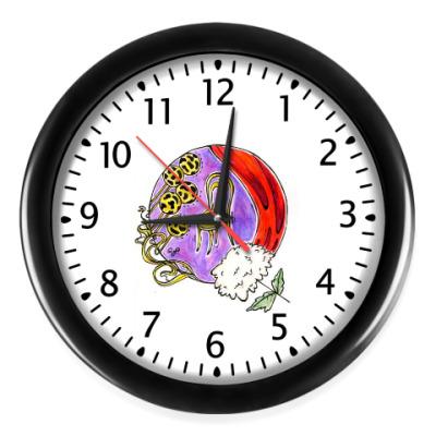 Настенные часы Виктюк