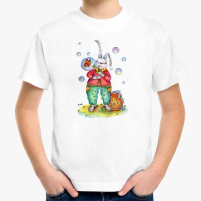 Детская футболка Кролик надувает мыльные пузыри