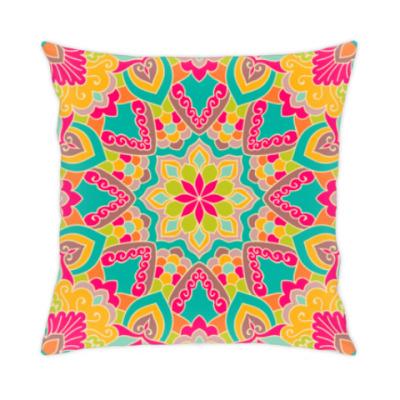 Подушка Яркий орнамент