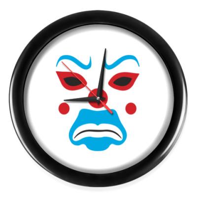 Настенные часы Маска джокера