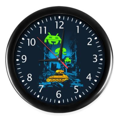 Часы Space Invaders
