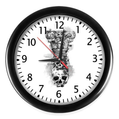 Настенные часы Череп-колонна